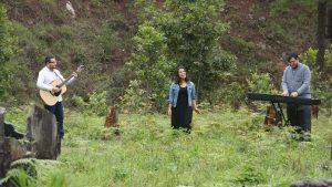 Allan, Ana y David en Acción